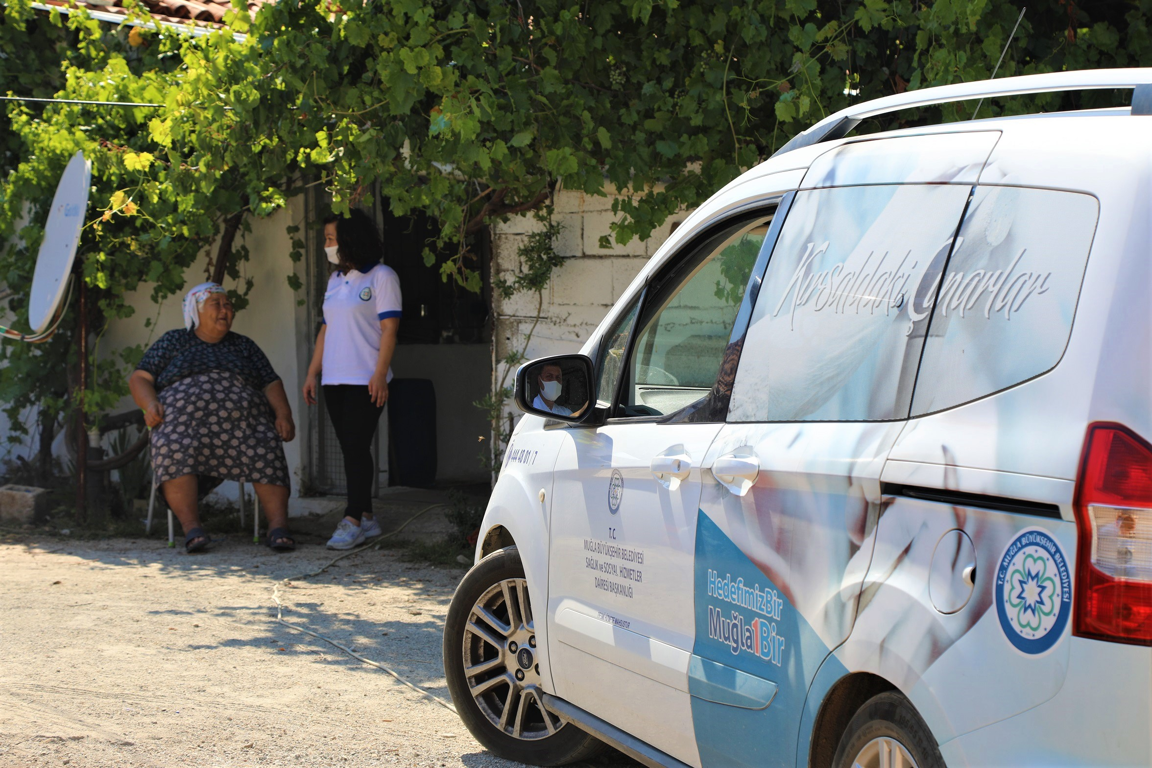 Muğla Büyükşehir Belediyesi'nden vatandaşlara dokunan hizmetler