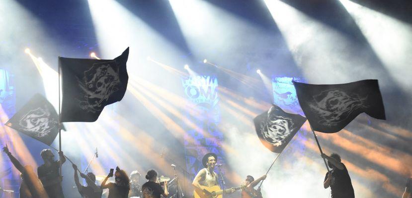 Can Bonomo Yenikapı'da Rock and Roll fırtınası estirdi