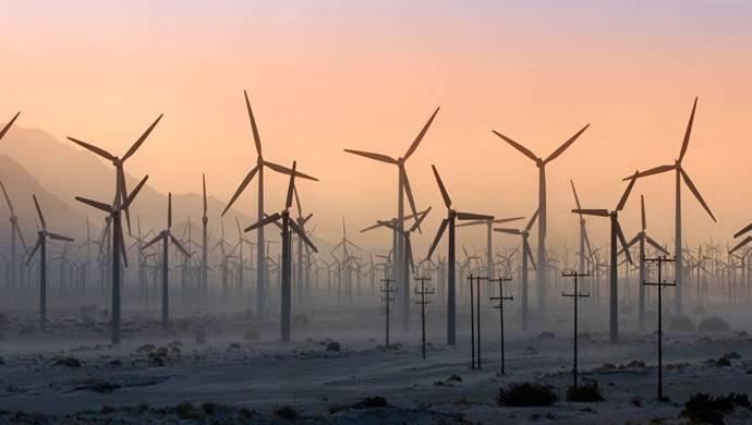Rüzgâr Çiftliği'nin şantiyesindeki 48 rüzgâr türbininin temel inşaat çalışmalarını tamamladı