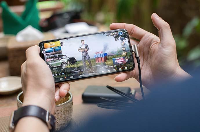 Mobil uygulamalara bir günde 407 milyon harcandı