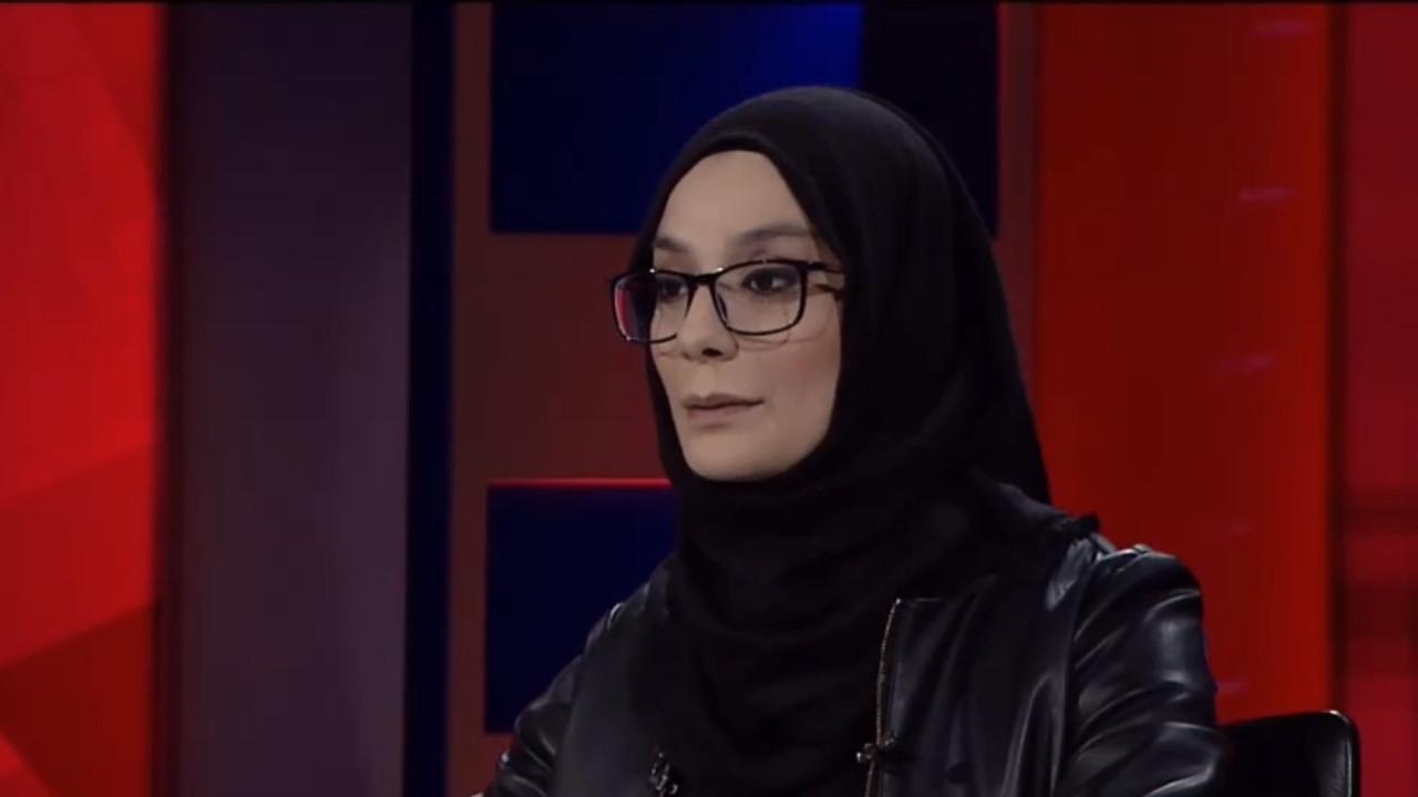 Esra Elönü; ödülünü Yasin Börü'ye ithaf etti