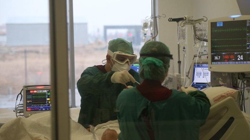 Bugün koronavirüste yeni vaka sayısında ürkütücü artış