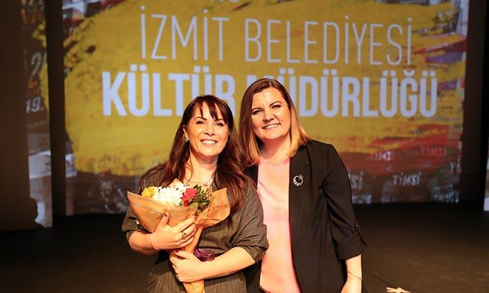 """İzmit Belediyesi'nin """"Kardeş Eller"""" projesine Sevinç Erbulak'tan destek"""